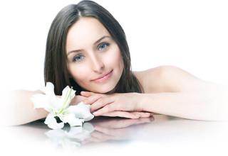 Как отбелить кожу лица и тела в домашних условиях - советы, рецепты масок