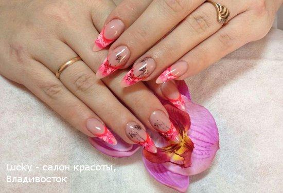 дизайн ногтей от салона красоты Лаки