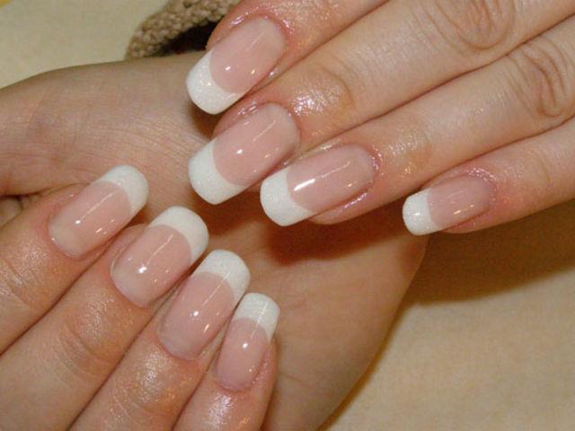биогель на ногтях