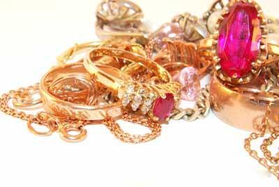 как правильно выбрать украшения из золота